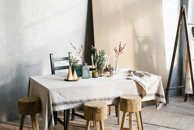 스칸디나비아 축제 크리스마스 저녁 식사 테이블