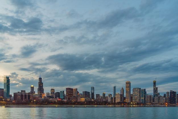 Scene of chicago cityscape river