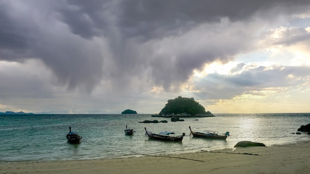 The scenery of koh lipe and the boat takes tourists traveling and resting in season