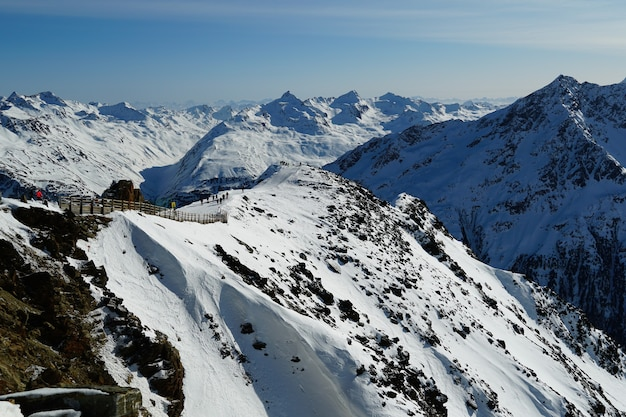 オーストリアアルプスの風光明媚な山々