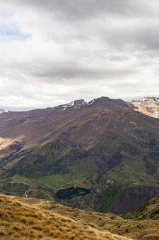 뉴질랜드 남섬의 아름다운 산들