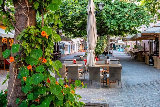 Живописные живописные улочки ханьи венецианский городок ханья крите греция