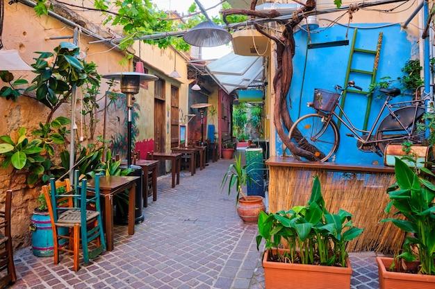 ハニア ベネチアン タウンの風光明媚な絵のように美しい通り チャニア クレタ島 ギリシャ