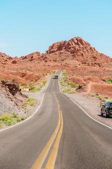 밸리 오브 파이어 주립 공원 네바다 미국의 경치 좋은 도로