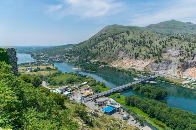 Rosafa 요새 (shkoder, 알바니아)에서 경치를 볼.