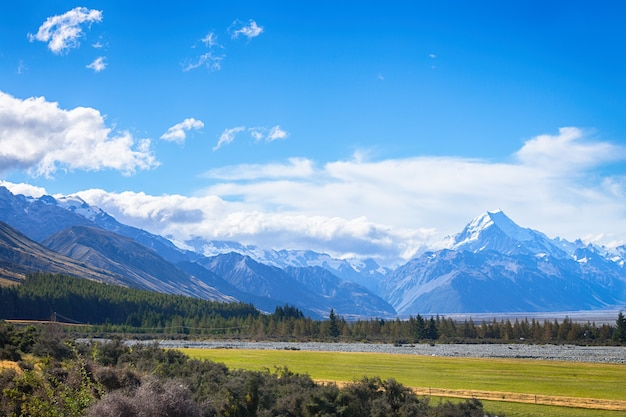 Scenic view of mount cook on the south island of new zealand
