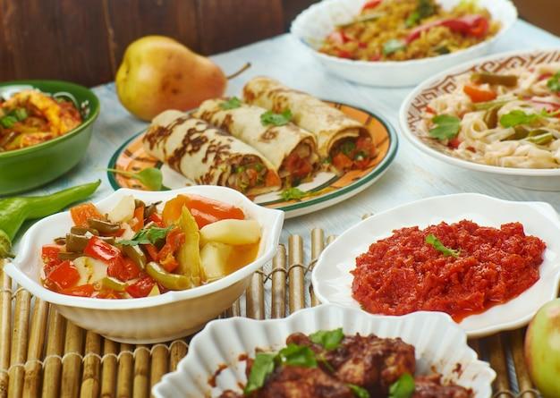 シェズワン料理、アジア中華料理、伝統的な盛り合わせ料理、トップビュー。