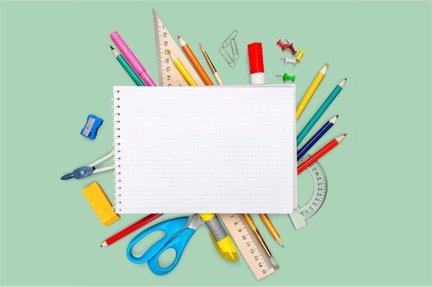 Школа обратно в школу предметы искусства школа фон цветовая группа белый