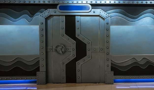 Sci-fi scene, spacecraft metal gate