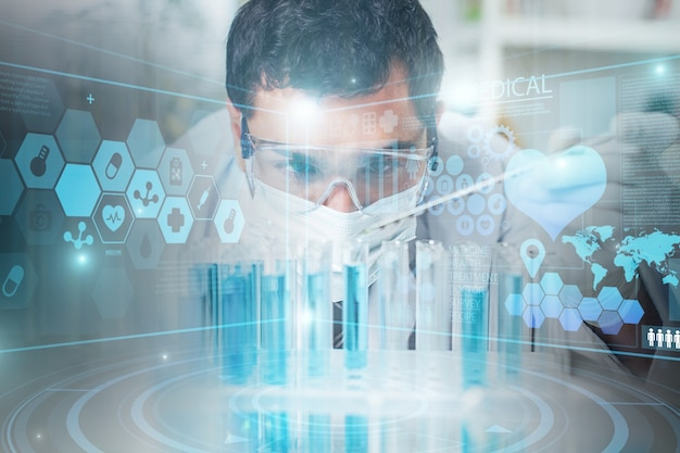 Концепция технологии науки. ученый-мужчина в лаборатории