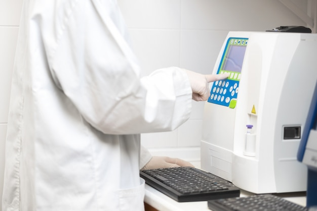 Scientific medical test with automated hematology analysis.