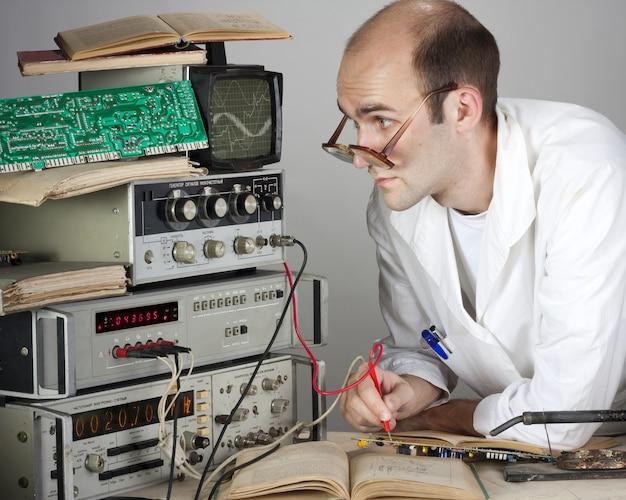 빈티지 실험실 과학자