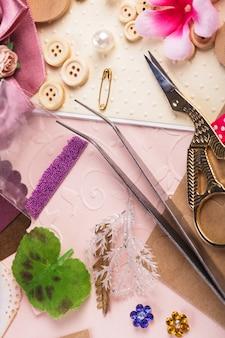 剪贴簿工艺材料,废纸,工具和装饰