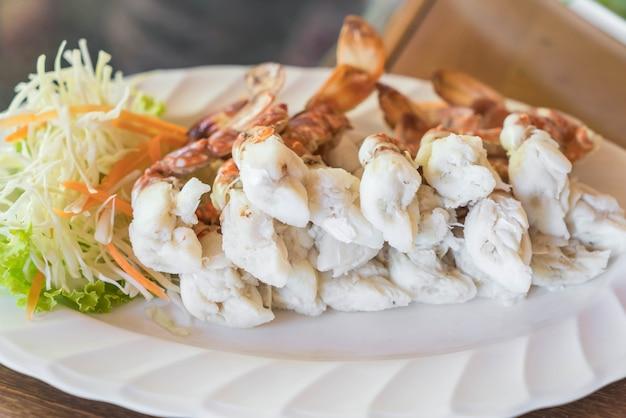 스 컬링 크랩 또는 스팀 크랩 다리 바다 음식