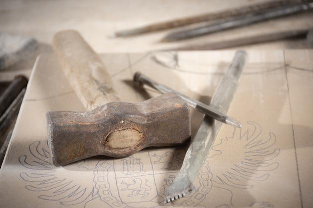 Sculptor's tools