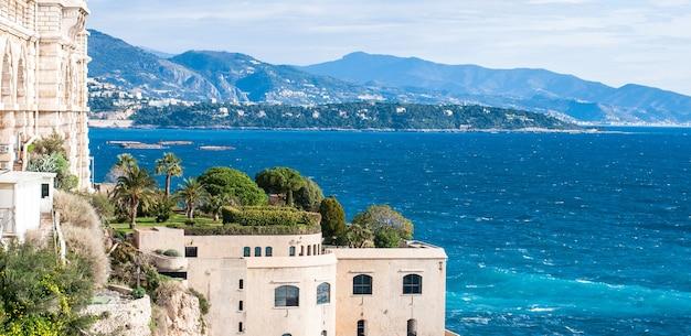 海。モナコの海事博物館。海の美しい景色。 Premium写真