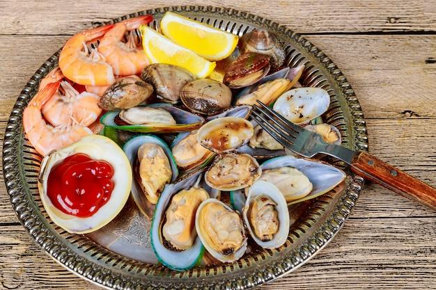 グリーンムール貝エビレモン海グルメディナーランチ生前菜貝のシーフード