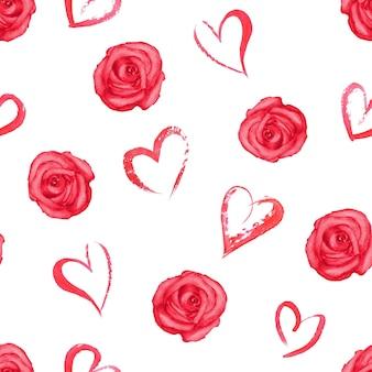 Бесшовный фон с акварельными красными розами и сердечками на белой поверхности
