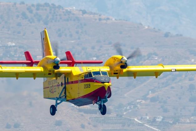 Seaplane canadair