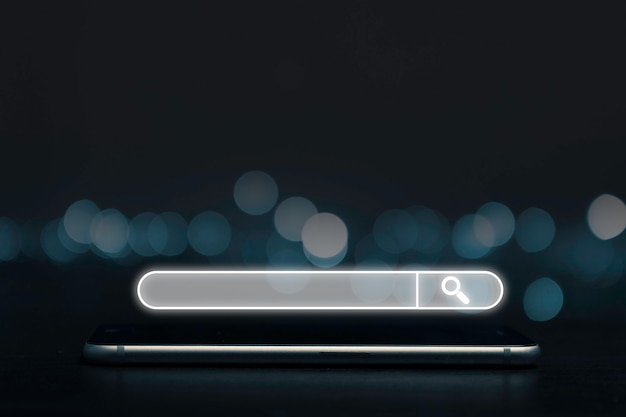 Поисковая оптимизация или концепция seo, окно поиска и значок на смартфоне.
