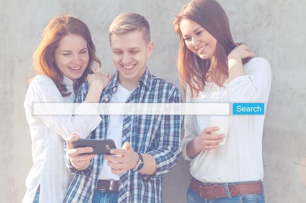 Seo 온라인 인터넷 브라우징 웹 개념을 검색하십시오. 웹 사이트 www 검색 창 돋보기 그래픽