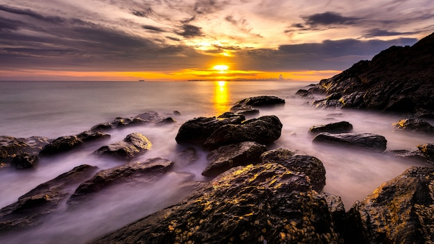 Seascape of lanta island, krabi, thailand. long exposure smooth wave