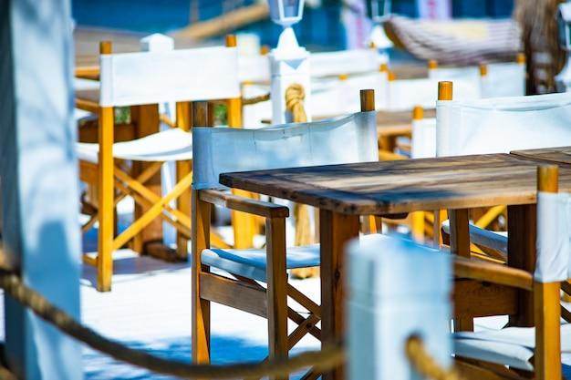 Seaside table setting