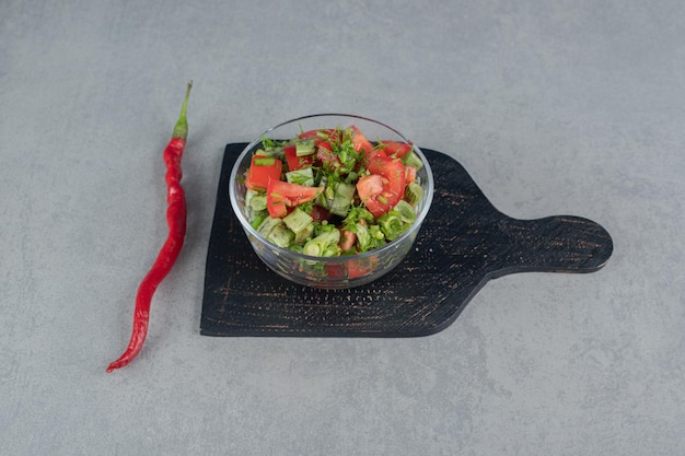 レッドチェリートマトとインゲンの季節のサラダ。