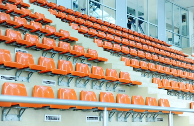 スポーツホールの席