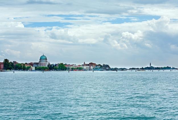 이탈리아 베니스의 바다 전망