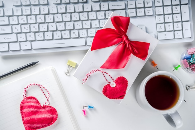 Secret valentine office game
