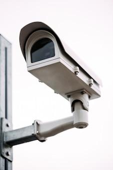 路上の防犯カメラ