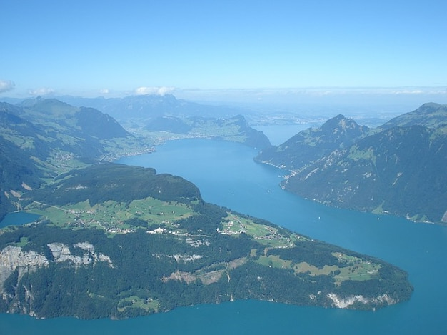 Центральный регион швейцарии озера люцерн seelisberg