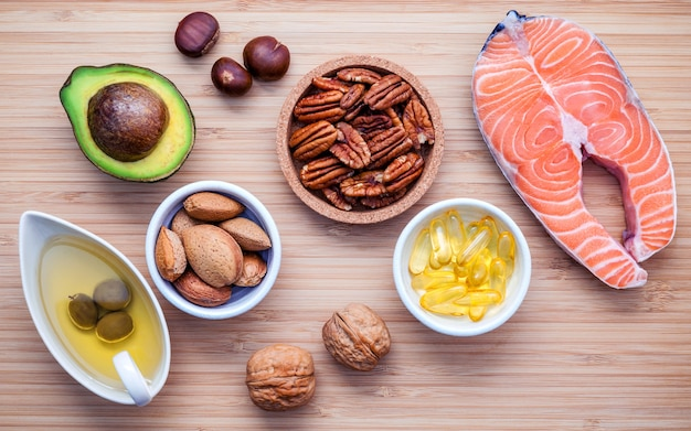Selection food sources of omega 3 and unsaturated fats.