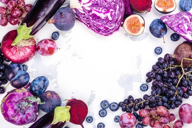 보라색 음식의 선택