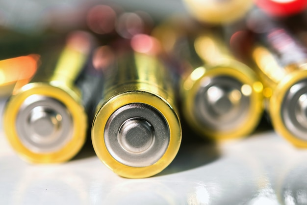 Selective focus of alkaline aa battery energy abstract