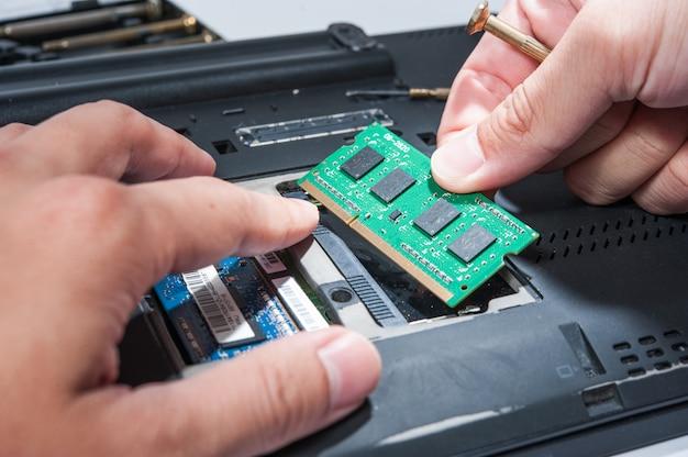 Self install ram circuit in computer labtop