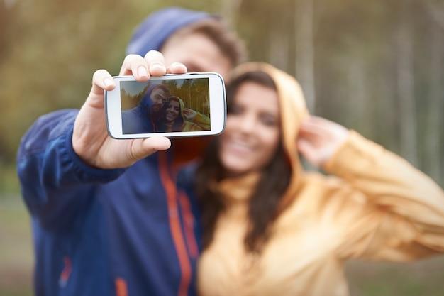 Selfie con la mia ragazza in un giorno di pioggia