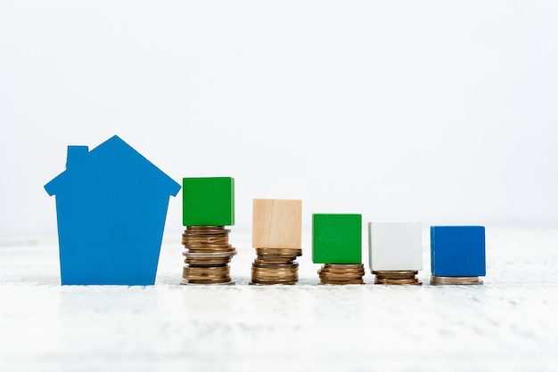 土地所有権の売却、新しい不動産への投資、売買契約の作成、新築住宅の購入、金銭的資源の計算、家族の将来の計画