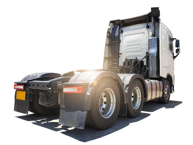 Полу грузовик на белом фоне грузовик дизельный двигатель тягач