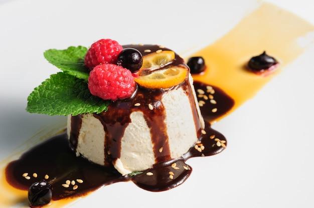 Semifredo, italian ice cream dessert with halva