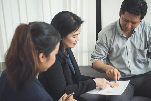 Seminario serio gestore ufficio imprenditore