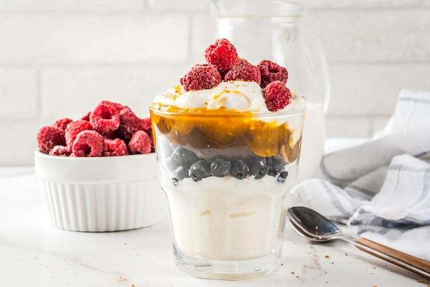 Semolina porridge pudding