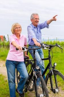 高齢者の自転車運動