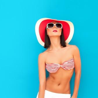 Чувственная девушка лето