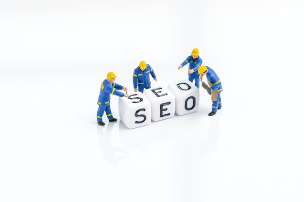 Seo, search engine optimization, building the website with keywords concept