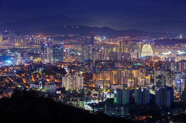 서울 시내와 밤, 한국.