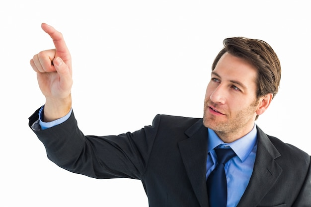 Серьезный бизнесмен, указывая на что-то