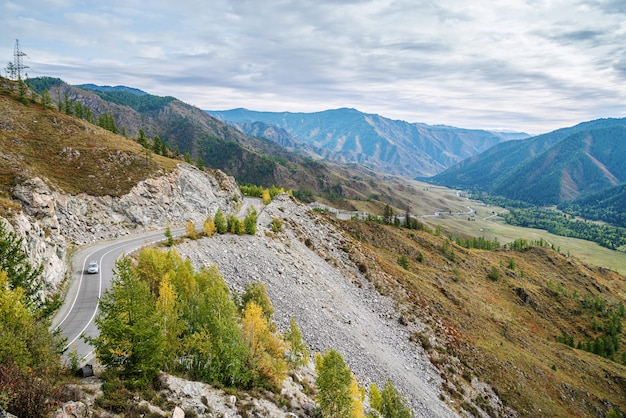 Serpentine mountain road view of chuysky tract from chiketaman pass altai mountains russia