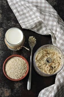 Sesame milk. the principle of cooking sesame milk. keto diet vegan drinks.